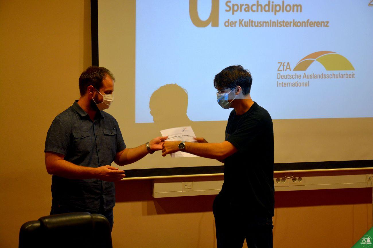 Podelitev-certifikatov-DSD-II-2020-011