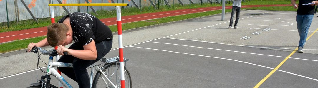 Dijaki dijakom za varno mobilnost
